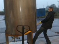 brewery-tank-move